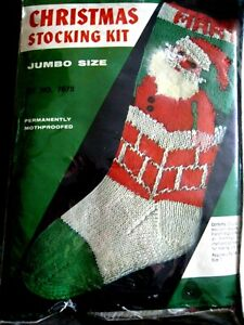 Christmas Holiday BUCILLA Knit Yarn Stocking Kit, SANTA CHIMNEY,Knitting,7678
