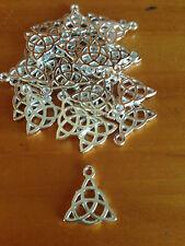 Antique Silver Celtic Trinity Knot Charms / Pendants x 20