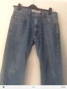 mens levis jeans size 32/30