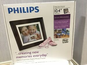 """Philips Brown Digital Photo Frame 10.4"""" LCD With Remote Control. 128 MB"""