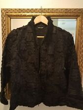 Samuel Dong Ruffle Textured Cotton Stretch Two-way zip Long Sleeve Black Large