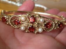 1900s GARNETS & PEARLS 9ct GOLD ENGRAVED  18.24g BANGLE / BRACELET