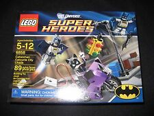 LEGO Catwoman Catcycle City Chase 6858 NEW