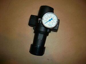 ARO Pneumatic Pressure Regulator R27451-100   125psi