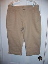 NWT Lee Riders Tan Capri Mid Rise Pants Size 16 Stretch