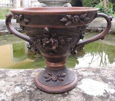 Antico vaso con manici, fatto a mano, marcato M. Deruta 303/18 Italian Vase