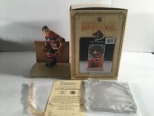 NEW FLAMBRO HERITAGE 1943 CHICAGO BLACKHAWKS 7102 NHL FIGURINE WITH ACCESSORIES