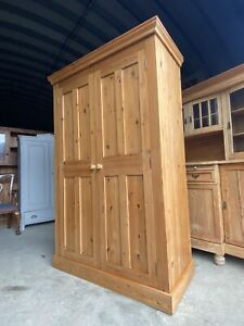 Attractive Solid Pine Practical Country Style  Wardrobe