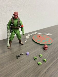 Mezco One 12 Red Skull NYCC Exclusive Figure Loose Marvel SDCC