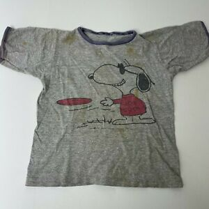 Vintage Childrens Snoopy Joe Cool T Shirt 1958 Frisbee Graphic Peanuts
