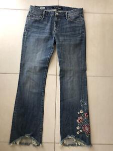 Driftwood Eva Sundance Women Sz 30 Flare Jeans Floral Embroidered Raw Hem Boho