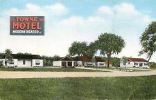 Milwaukee WI~Modern Heated Towne Motel~Art Deco Sign~1940s Roadside Postcard