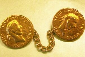 Gilded metal Caesar's  cape toggle/fastener with 8 cm. chain