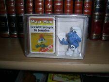 Boite Schtroumpf + jeu de carte