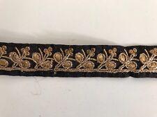 Hilo de oro antiguo indio atractivo Bordado de Encaje Floral Tela Negro - 1 Mtr