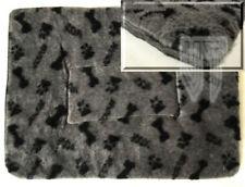 Couchage, paniers et corbeilles gris pour chiens grands