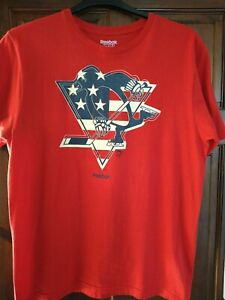 Reebok Men's NHL America T-shirt, Size Large/42 Chest,Red Used