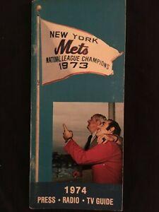 1974 NEW YORK METS N. L. Champs YOGI BERRA Official Baseball MEDIA GUIDE