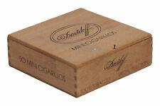 A small Davidoff Mini Cigarillos wooden box Special Selection Empty