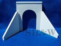 HO Scale Oroville Concrete Tunnel Portal #5 And Wall Set
