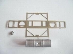 1) Ladegut, Kessel, Gefahrstoffe im Container Gitterrahmen als Bausatz  Platine