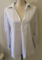 VINCE. Long Sleeve V-Neck Striped Popover Blouse Medium MINT⭐️