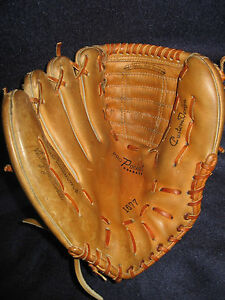 """EXCEPTIONAL VINTAGE 11"""" TED WILLIAMS AUTOGRAPH MODEL STEERHIDE BASEBALL GLOVE"""