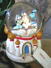 ALADDIN,ABU,JASMINE,GENIE ON MAGIC CARPET,DISNEY STORE MUSICAL SNOW GLOBE,w/TAG