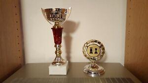 Pokal | Schachpokal mit Deckel | dunkelrot-silber-gold mit Griffen ohne Gravur