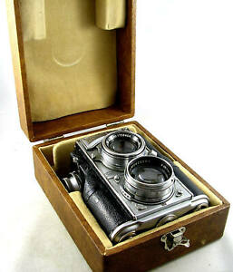 Vintage Zeiss Ikon CONTAFLEX 35mm TLR w/ f/1.5 Sonnar & Presentation Case
