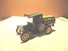 "Corgi - Classics 1915 Ford Model T - Motor ""BP""Spirit  - 1:50"