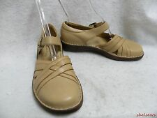 Soft Spots Tan Leather Open Sided Mary Janes 9.5M EUC Clean