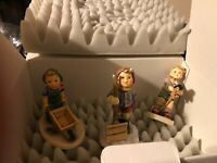 LOT/THREE VINTAGE GOEBEL HUMMELS - Pony Express, Let it Snow & Little Landscaper