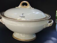 ANTIQUE  ROYAL WORCESTER  VITREOUS LARGE  3 LITERS TUREEN W LID  LONDON 1890's