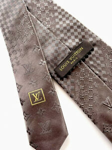 LOUIS VUITTON tie Silk 100% Authentic. All Over LV.   Monogram