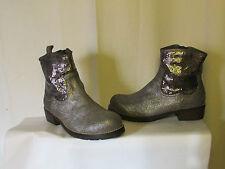 boots/bottines couleur pourpre daim gris métallisé et métal 39