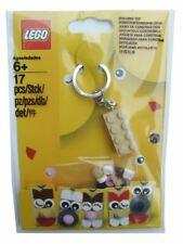Lego Sand coloured (size 2 x 4) brick KEYRING and 17 elements - 853902