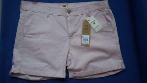 LEVI'S Women's Light Lilac Classic Chino Shorts. 98% Cotton. Size 32. $39.50 NWT