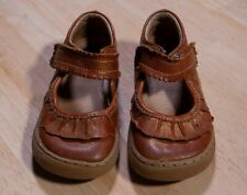 Livie and Luca size 8 shoes gold