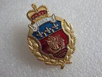 Pin's vintage pins Collector publicitaire PARIS FRANCE Lot PF071