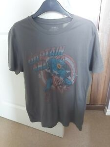 captain america mens tshirt small