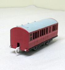 RED PASSENGER CAR, THOMAS TRACKMASTER TOMY EUC