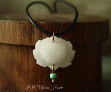 Blanco Y Collar Colgante de Jade Flor De Loto | Meditación Espiritual Joyería