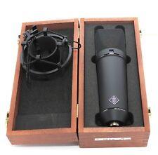 Neumann U87Ai Microfono con Neumann Case & shockmount.