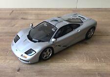McLaren F1 street silver UT Models 1:18