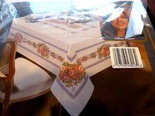 VINTAGE LILLIAN AUGUST SCARLET'S BOUQUET TABLE CLOTH 60 X 84 100% COTTON ~ NIP