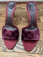 Brand New GUCCI Velvet GG Heels Size 8 Burgundy