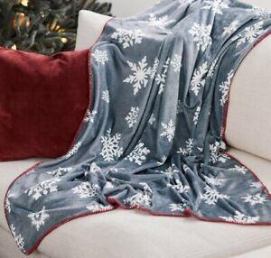 AVON Grey White Snowflakes Fleece Throw Christmas Gift New