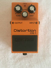 Boss DS-1 Distortion Vintage Effects Pedal with Box