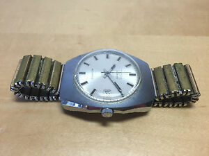 Used - Vintage Watch Titan 30 Jewels Automatic Date Steel - Doesn'T Works